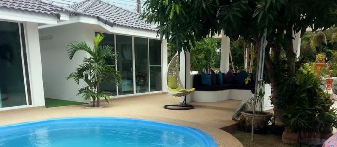 hotel with pool in Mahasarakam5