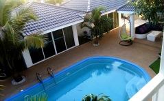 Coconut_palms_Hotel_with_Swimming_pool_Mahasarakaham_091