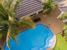 coconut_palms_thailand_hotel_with_pool_mahasarakham_003
